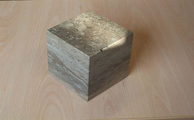 """Polished Cap Cube"""